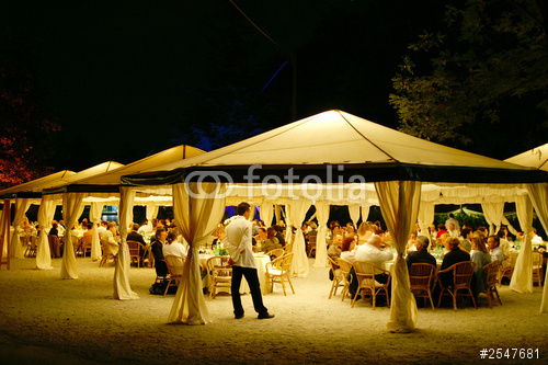 tropical drinks outdoor event